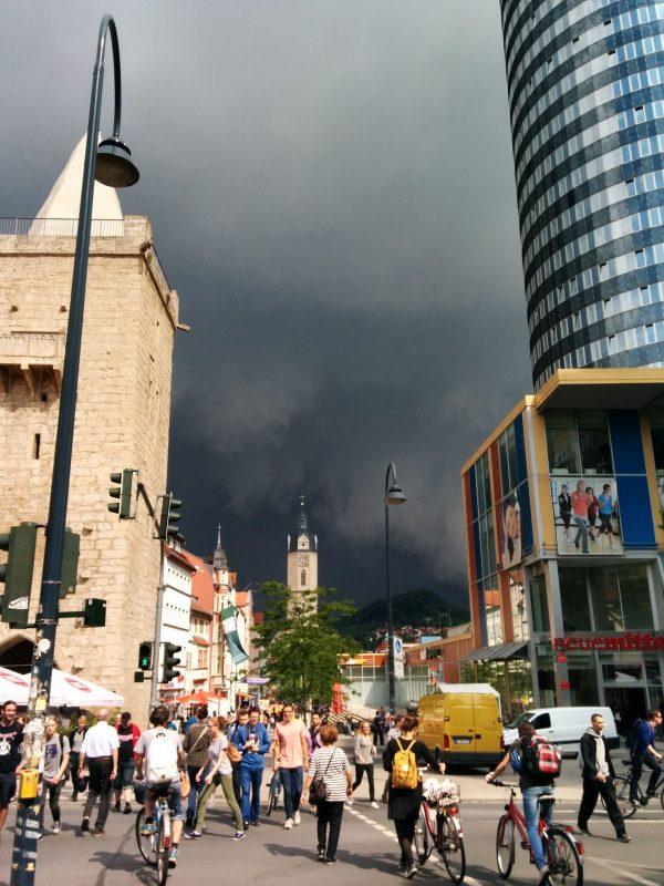 Gewitter über der Johannisstraße